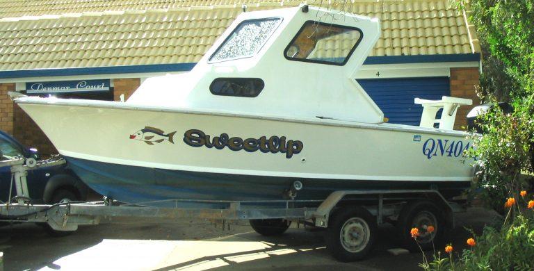 boat signage Sunshine Coast